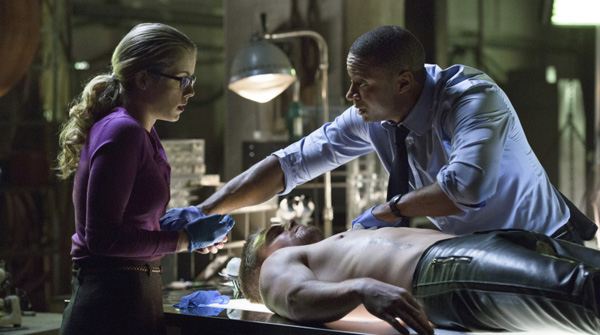 Arrow, Season 1, Episode 13-14